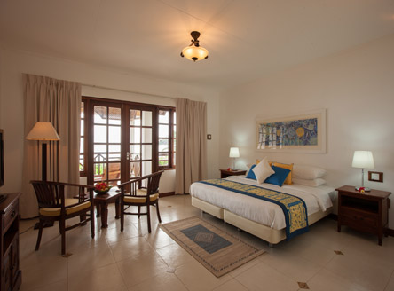 Acajou Hotel - the newly refurbished Deluxe Room