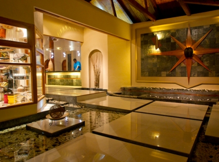 Black Parrot Suite guests enjoy all the facilities at the sister hotel - Coco de Mer