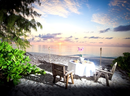 Denis Island Seychelles - romantic beach dinner