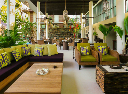 Lounge and bar at Dhevatara boutique hotel in Seychelles
