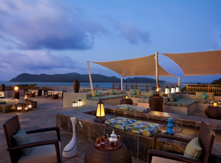 Takamaka roof-top bar at Raffles Praslin