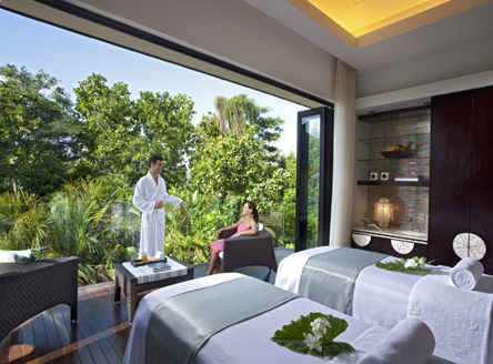 Raffles Seychelles - Couples Spa treatment room