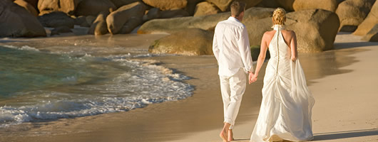 Tropical island weddings in Seychelles